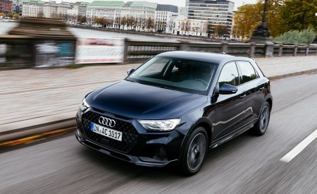 2020 Audi A1 Citycarver (Color: Firmament Blue) Front Three-Quarter Wallpapers 450x275 (11)