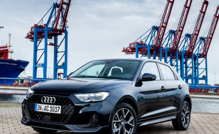 2020 Audi A1 Citycarver (Color: Firmament Blue) Front Three-Quarter Wallpapers 450x275 (12)