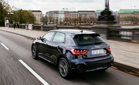 2020 Audi A1 Citycarver (Color: Firmament Blue) Rear Three-Quarter Wallpapers 450x275 (14)