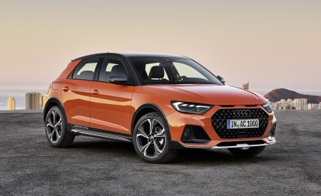 2020 Audi A1 Citycarver (Color: Pulse Orange) Front Three-Quarter Wallpapers 450x275 (73)