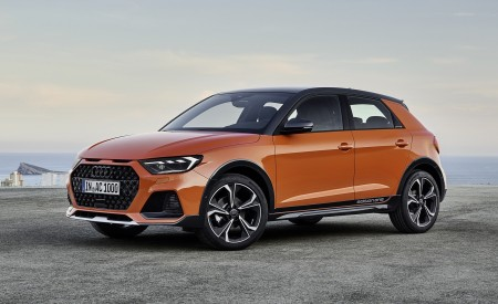 2020 Audi A1 Citycarver (Color: Pulse Orange) Front Three-Quarter Wallpapers 450x275 (74)