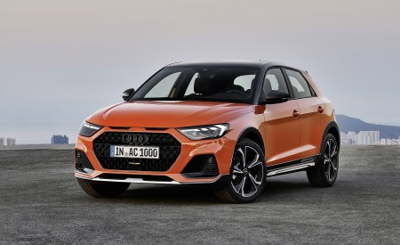 2020 Audi A1 Citycarver (Color: Pulse Orange) Front Three-Quarter Wallpapers 450x275 (75)