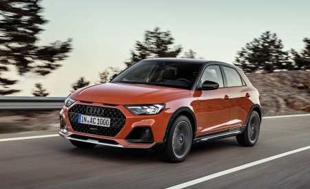2020 Audi A1 Citycarver (Color: Pulse Orange) Front Three-Quarter Wallpapers 450x275 (66)