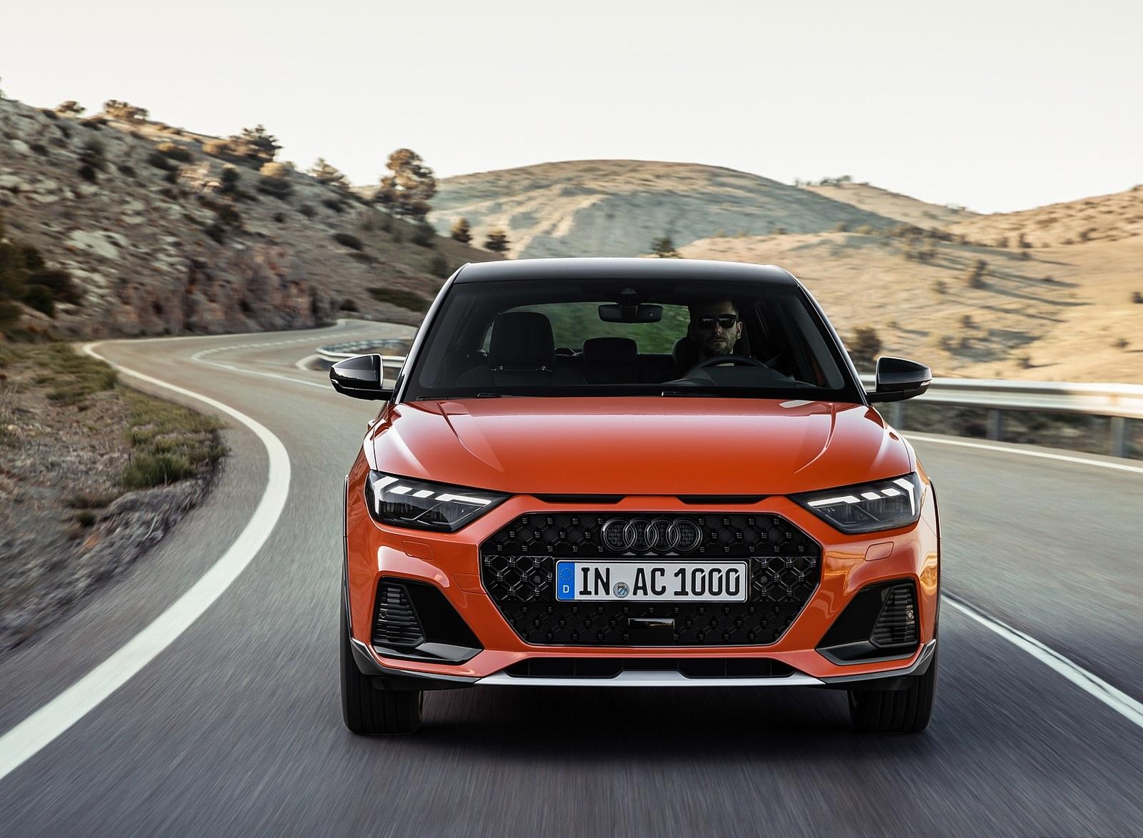 2020 Audi A1 Citycarver (Color: Pulse Orange) Front Wallpapers (3)