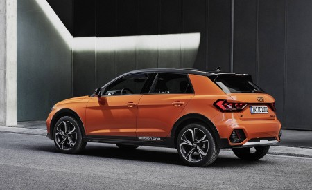 2020 Audi A1 Citycarver (Color: Pulse Orange) Rear Three-Quarter Wallpapers 450x275 (80)