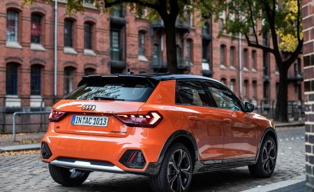 2020 Audi A1 Citycarver (Color: Pulse Orange) Rear Three-Quarter Wallpapers 450x275 (37)