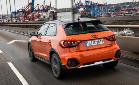 2020 Audi A1 Citycarver (Color: Pulse Orange) Rear Three-Quarter Wallpapers 450x275 (29)
