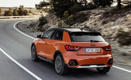 2020 Audi A1 Citycarver (Color: Pulse Orange) Rear Three-Quarter Wallpapers 450x275 (69)