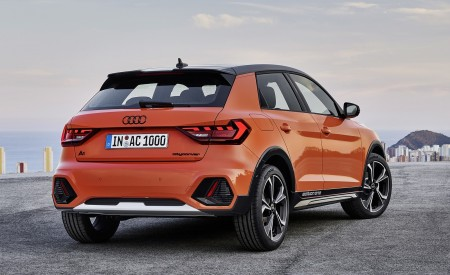 2020 Audi A1 Citycarver (Color: Pulse Orange) Rear Three-Quarter Wallpapers 450x275 (82)