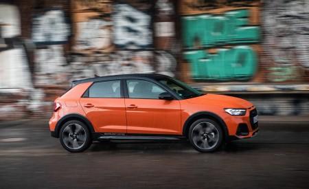 2020 Audi A1 Citycarver (Color: Pulse Orange) Side Wallpapers 450x275 (31)