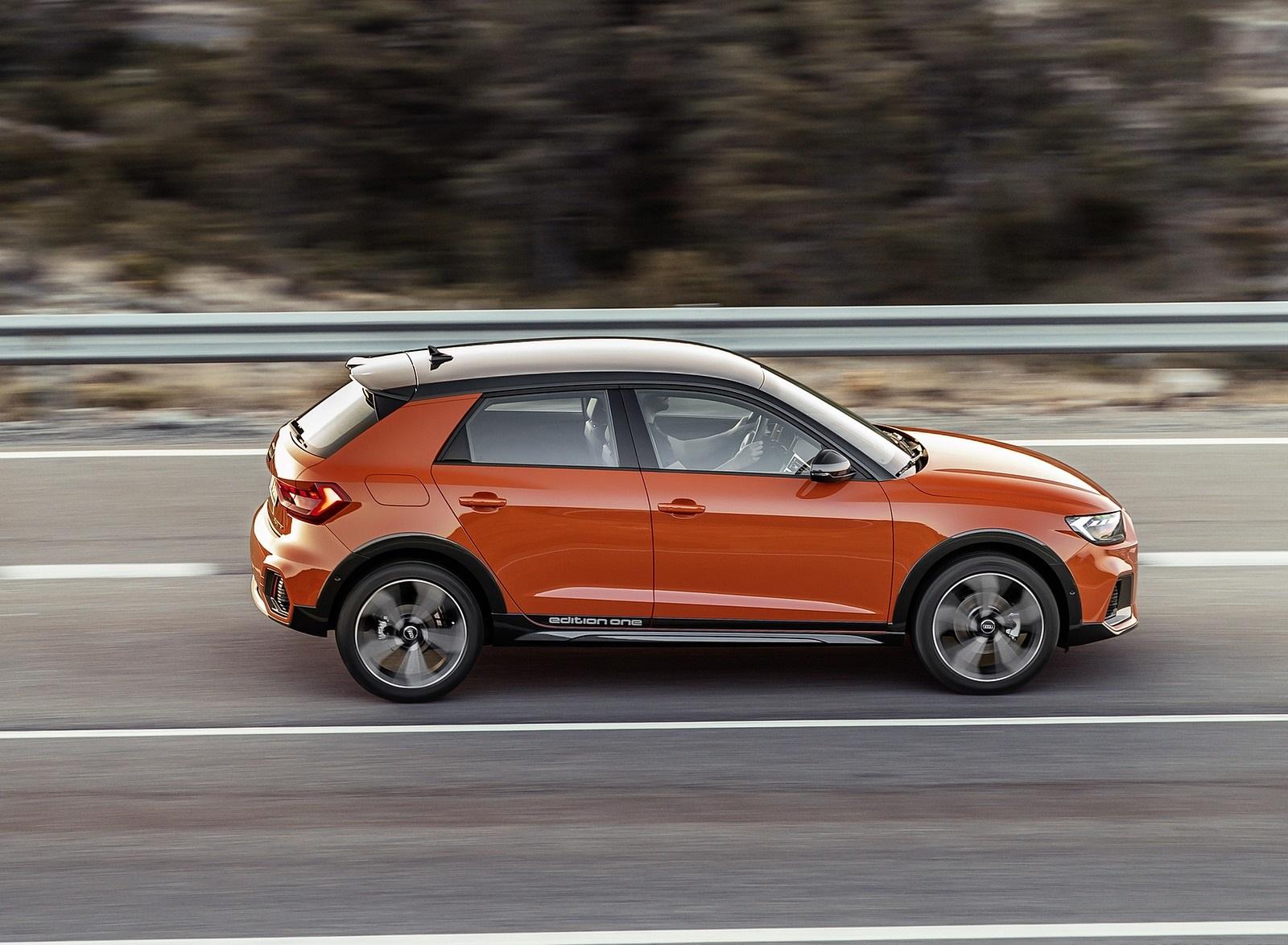 2020 Audi A1 Citycarver (Color: Pulse Orange) Side Wallpapers (8)