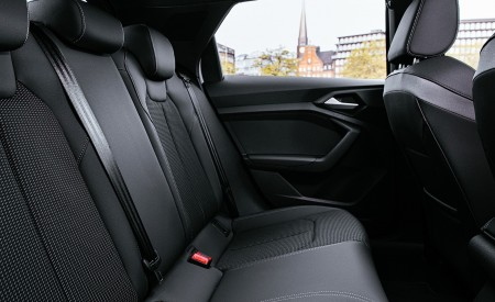 2020 Audi A1 Citycarver Interior Rear Seats Wallpapers 450x275 (55)