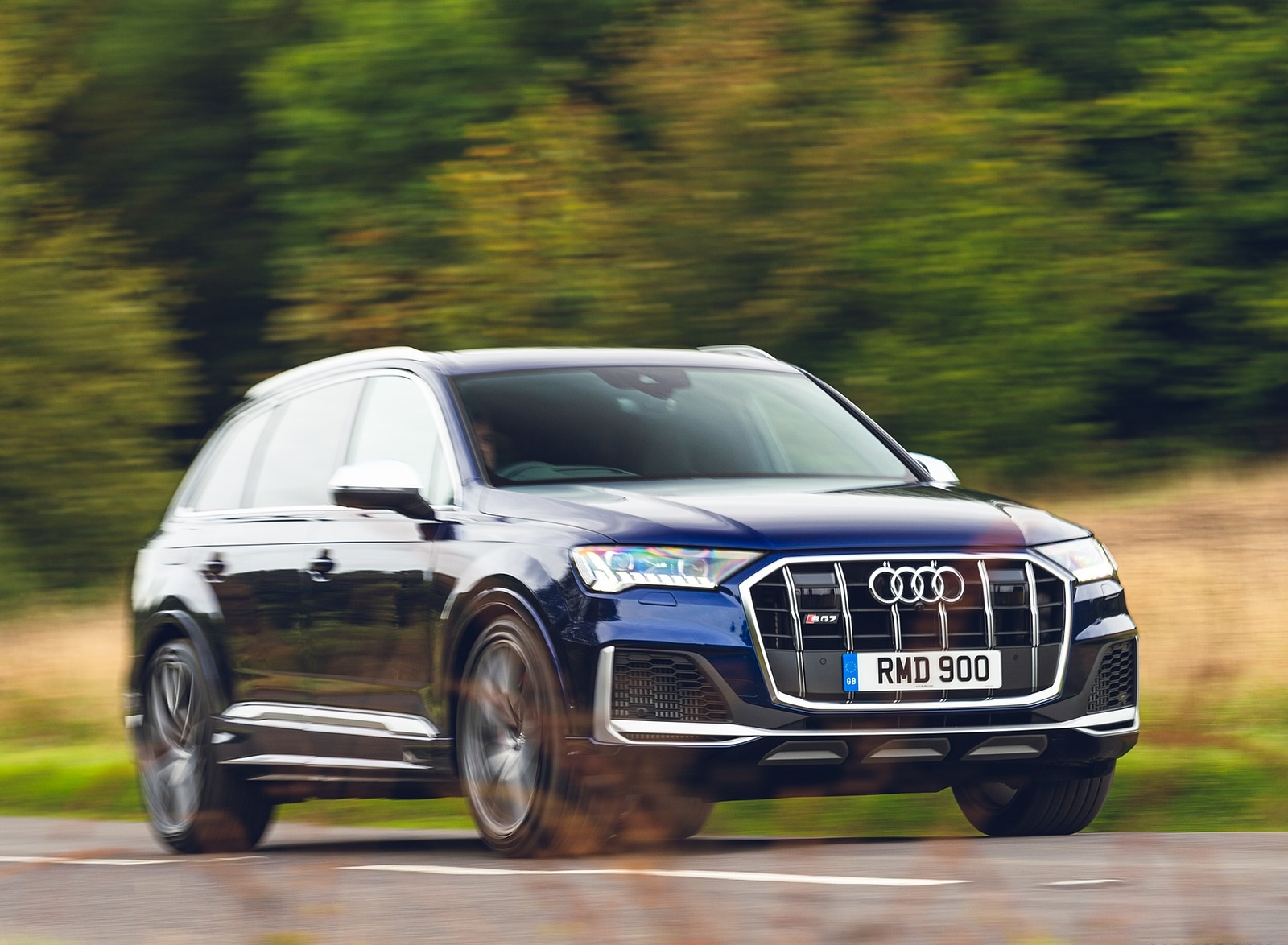 2020 Audi SQ7 TDI Vorsprung (UK-Spec) Front Three-Quarter Wallpapers (5)