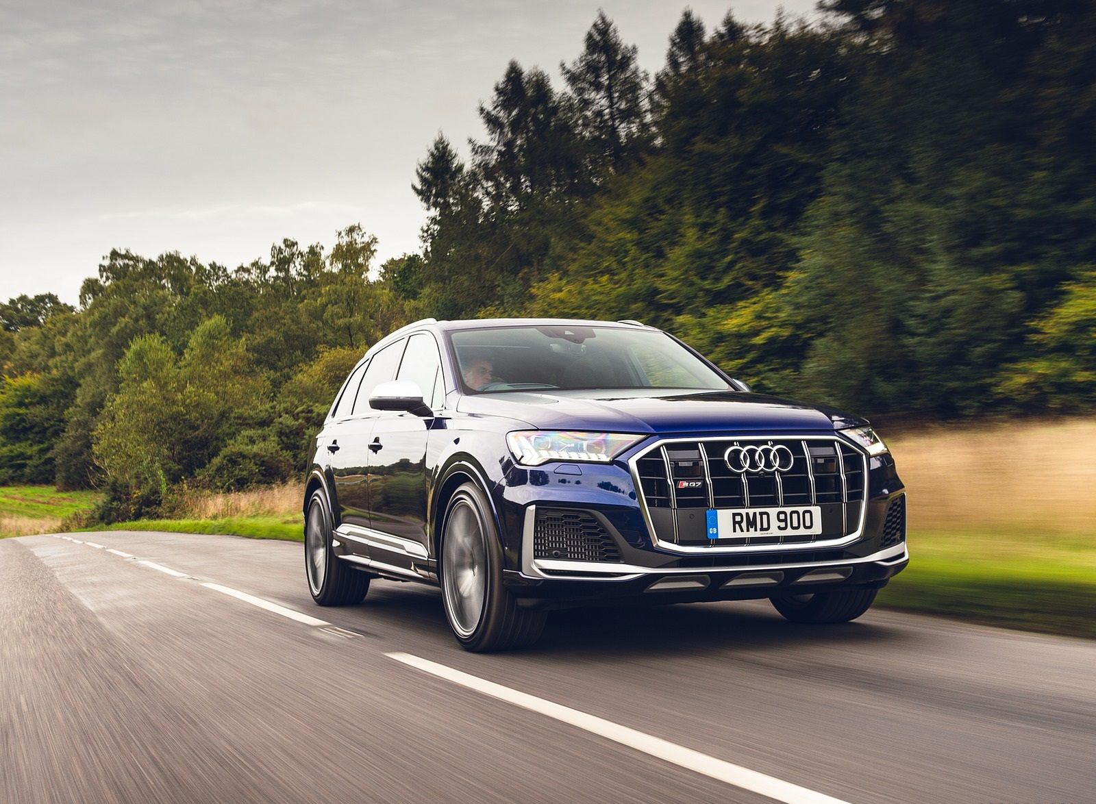2020 Audi SQ7 TDI Vorsprung (UK-Spec) Front Three-Quarter Wallpapers (9)