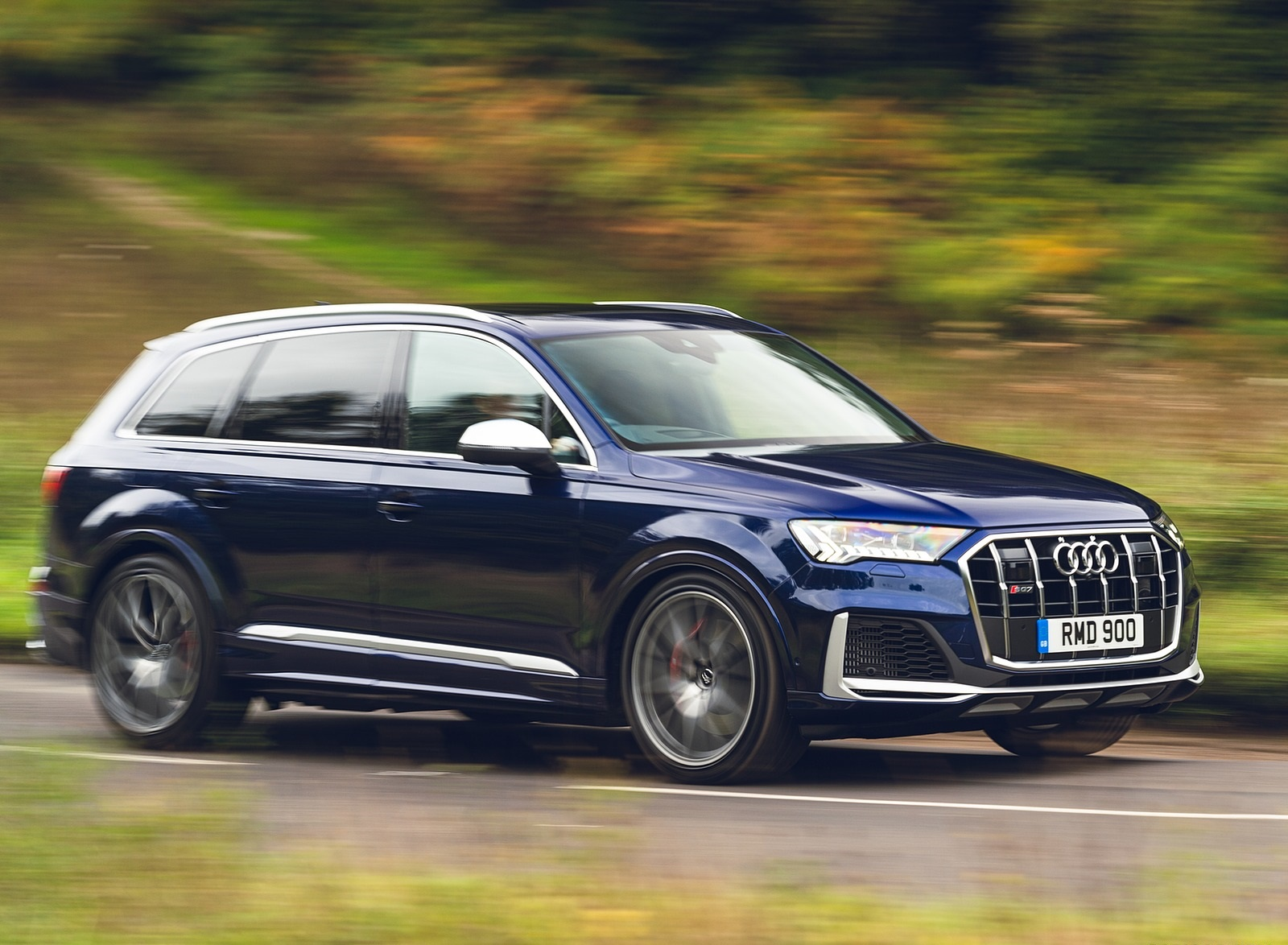 2020 Audi SQ7 TDI Vorsprung (UK-Spec) Front Three-Quarter Wallpapers (6)