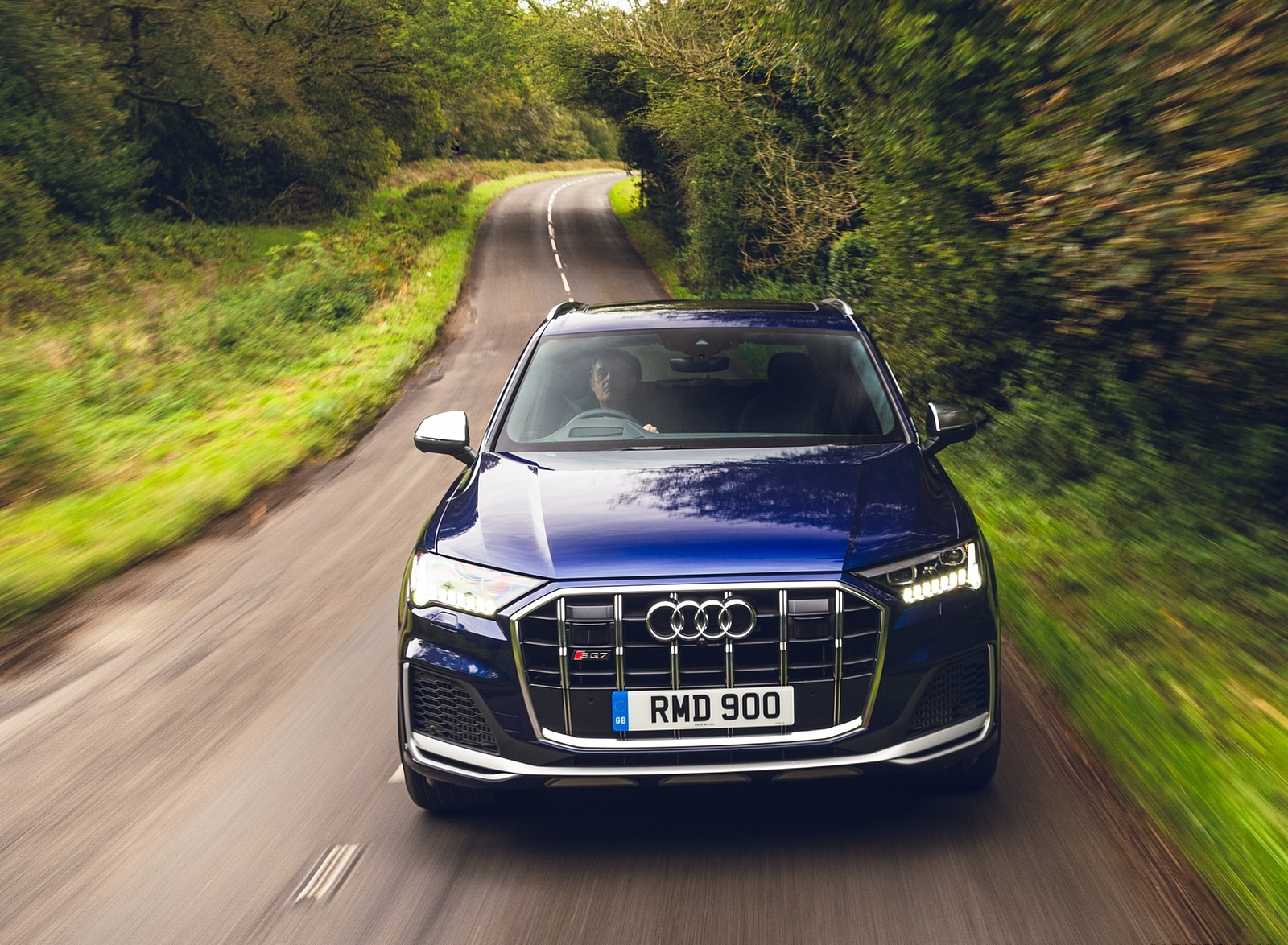 2020 Audi SQ7 TDI Vorsprung (UK-Spec) Front Wallpapers (10)