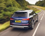 2020 Audi SQ7 TDI Vorsprung (UK-Spec) Rear Three-Quarter Wallpapers 150x120 (13)