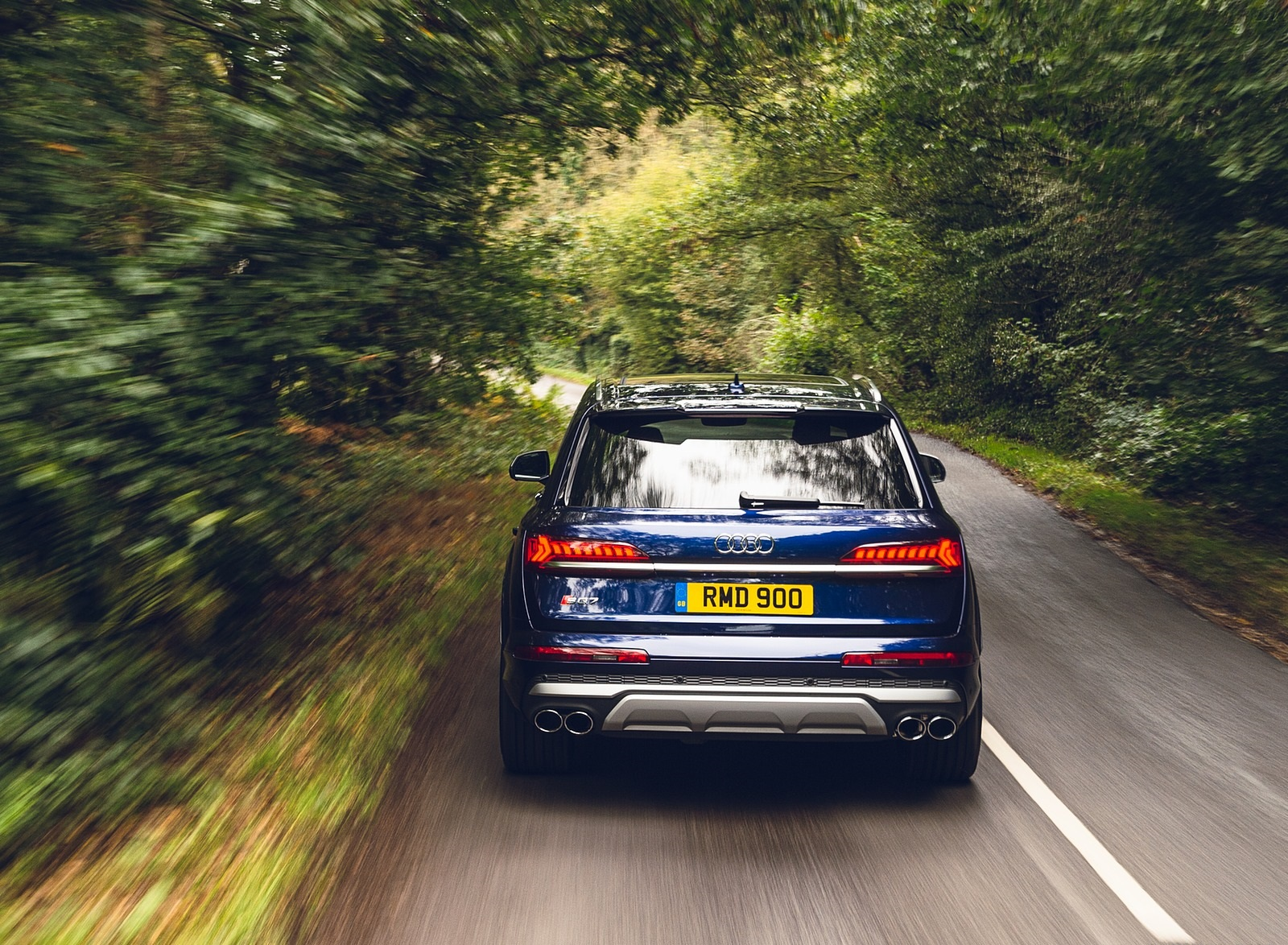 2020 Audi SQ7 TDI Vorsprung (UK-Spec) Rear Wallpapers (15)