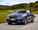 2020 BMW X6 M50i Front Three-Quarter Wallpapers 150x120 (2)