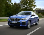 2020 BMW X6 M50i Front Three-Quarter Wallpapers 150x120 (22)