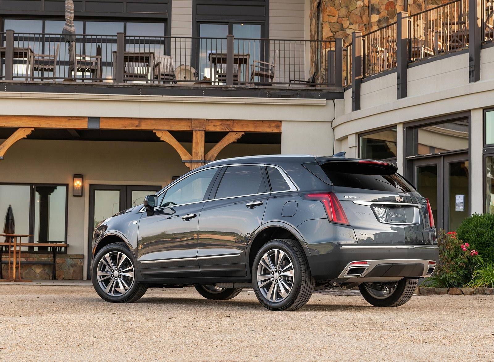 2020 Cadillac XT5 Premium Luxury Rear Three-Quarter Wallpapers (3)