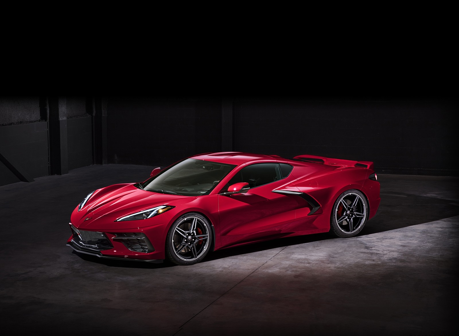 2020 Chevrolet Corvette C8 Stingray Front Three-Quarter Wallpapers (13)