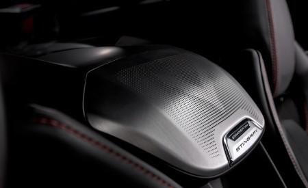 2020 Chevrolet Corvette C8 Stingray Interior Detail Wallpapers 450x275 (160)