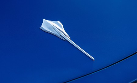 2020 Chevrolet Corvette Stingray (Color: Elkhart Lake Blue Metallic) Badge Wallpapers 450x275 (61)