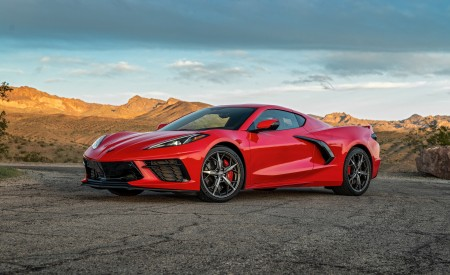 2020 Chevrolet Corvette Stingray (Color: Torch Red) Front Three-Quarter Wallpapers 450x275 (23)