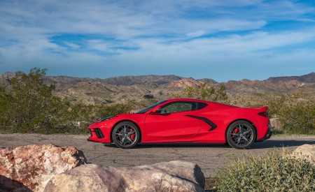 2020 Chevrolet Corvette Stingray (Color: Torch Red) Side Wallpapers 450x275 (28)