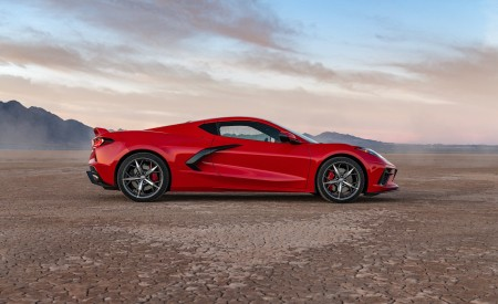 2020 Chevrolet Corvette Stingray (Color: Torch Red) Side Wallpapers 450x275 (29)
