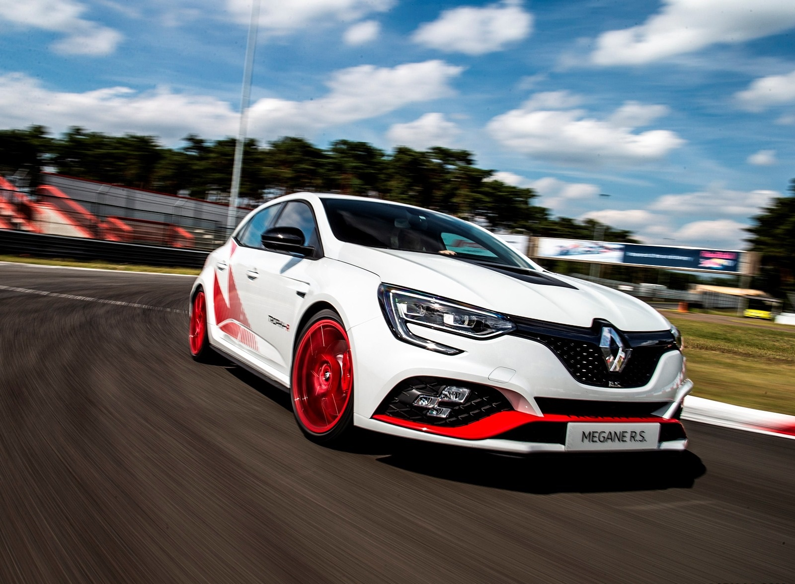 2020 Renault Megane R S Trophy R Front Three Quarter Wallpapers 4 Newcarcars