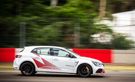2020 Renault Mégane R.S. Trophy-R Side Wallpapers 450x275 (11)