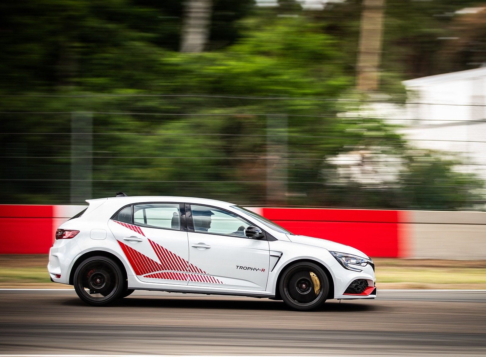 2020 Renault Mégane R.S. Trophy-R Side Wallpapers (11)