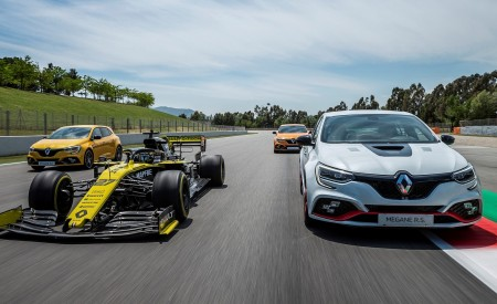 2020 Renault Mégane R.S. Trophy-R and R.S. 19 Formula One Car Wallpapers 450x275 (16)