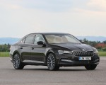 2020 Skoda Superb Laurin & Klement Front Three-Quarter Wallpapers 150x120 (18)
