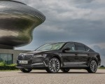 2020 Skoda Superb Laurin & Klement Front Three-Quarter Wallpapers 150x120 (15)