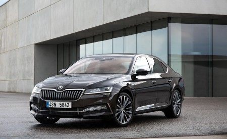 2020 Skoda Superb Laurin & Klement Front Three-Quarter Wallpapers 450x275 (17)