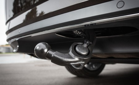 2020 Skoda Superb Laurin & Klement Trailer Hitch Wallpapers 450x275 (51)