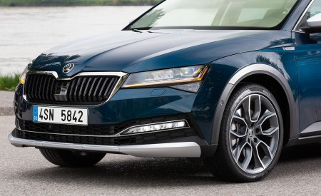 2020 Skoda Superb Scout Detail Wallpapers 450x275 (29)
