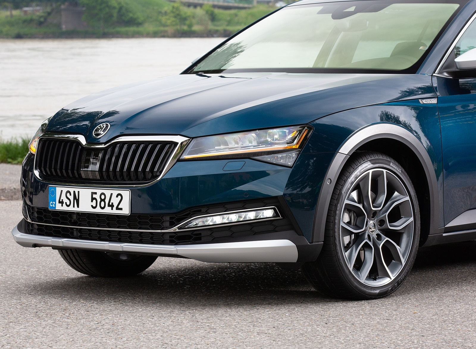 2020 Skoda Superb Scout Detail Wallpapers #29 of 51