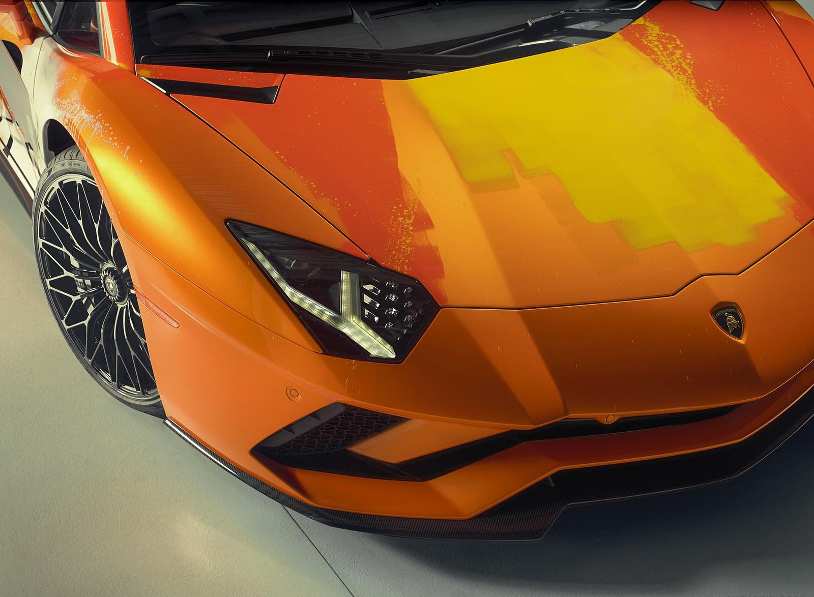 2019 Lamborghini Aventador S by Skyler Grey Headlight Wallpapers (13)