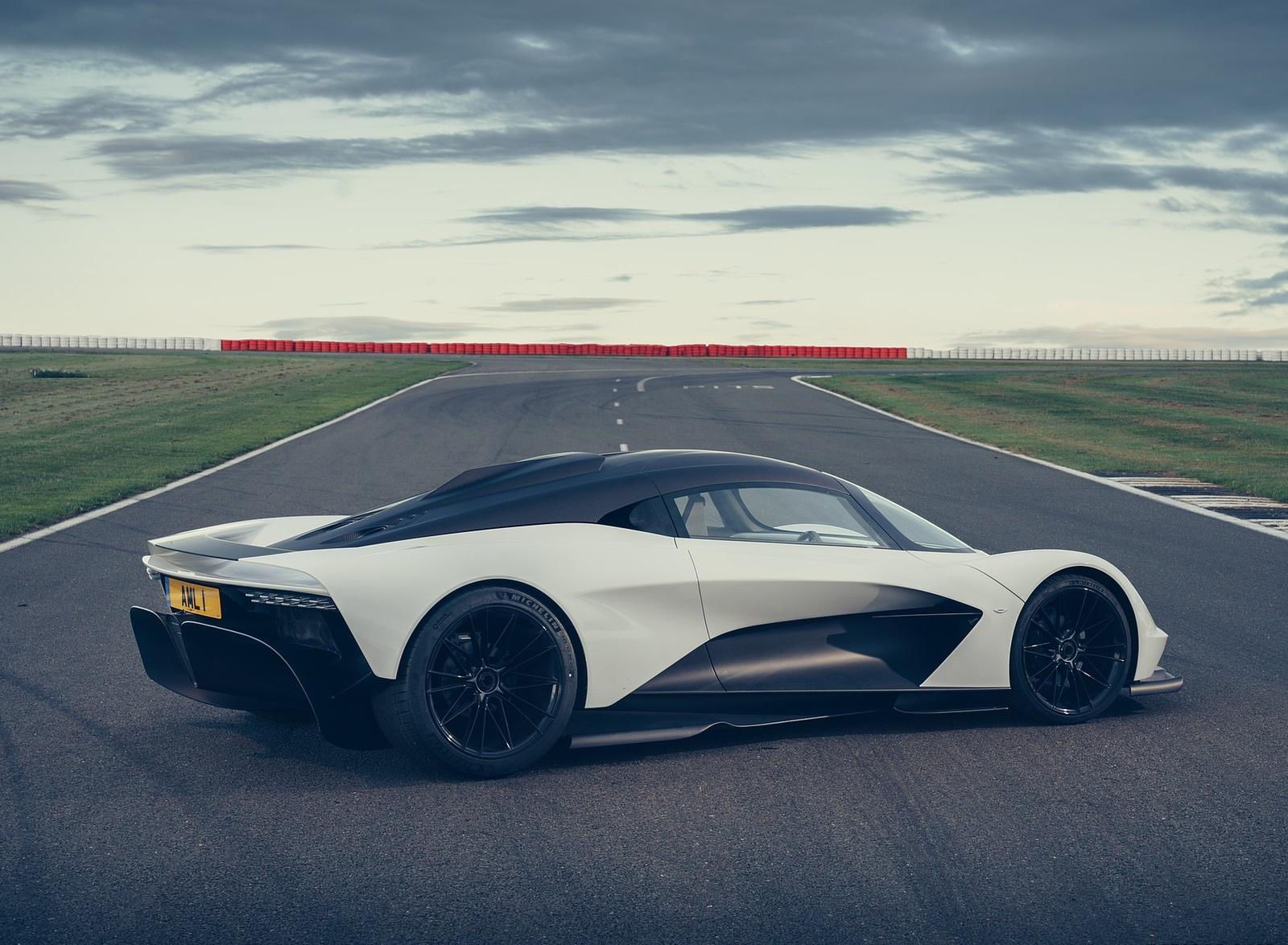 2020 Aston Martin Valhalla Rear Three-Quarter Wallpapers (4)