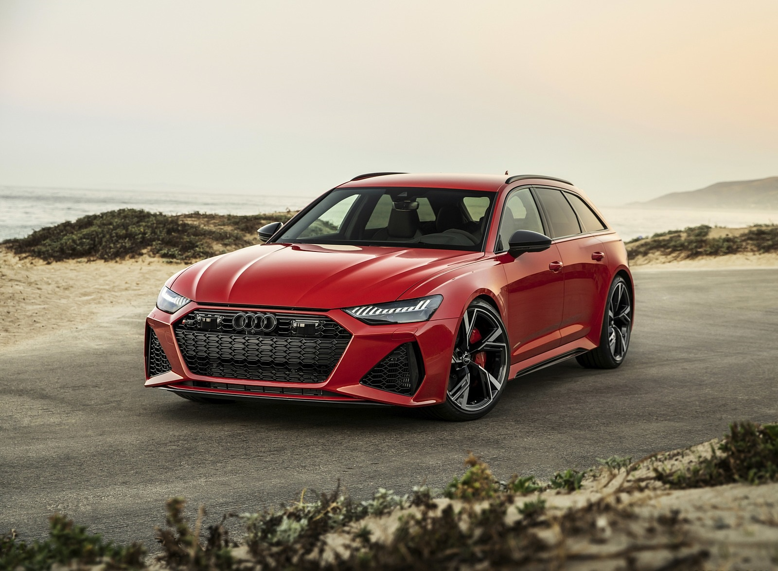 2020 Audi RS 6 Avant (Color: Tango Red) Front Wallpapers (7)