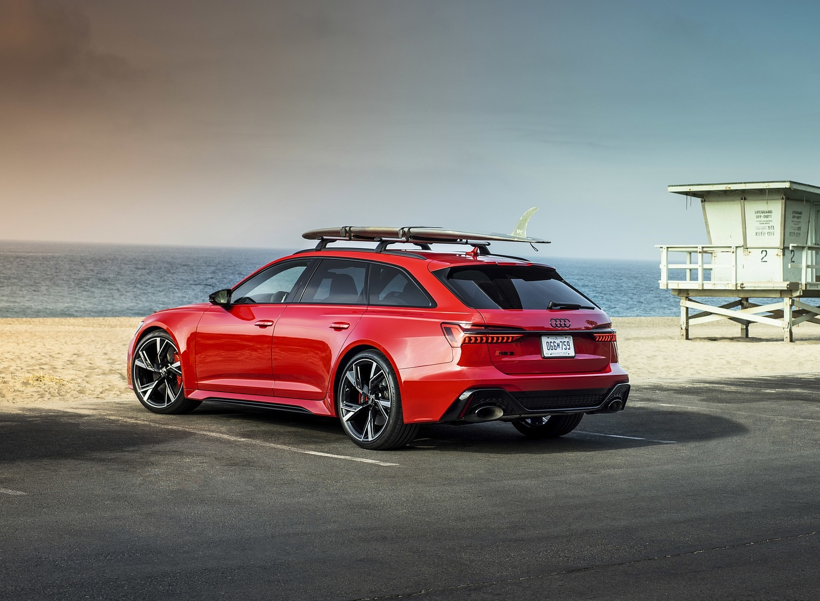 2020 Audi RS 6 Avant (Color: Tango Red) Rear Three-Quarter Wallpapers (8)
