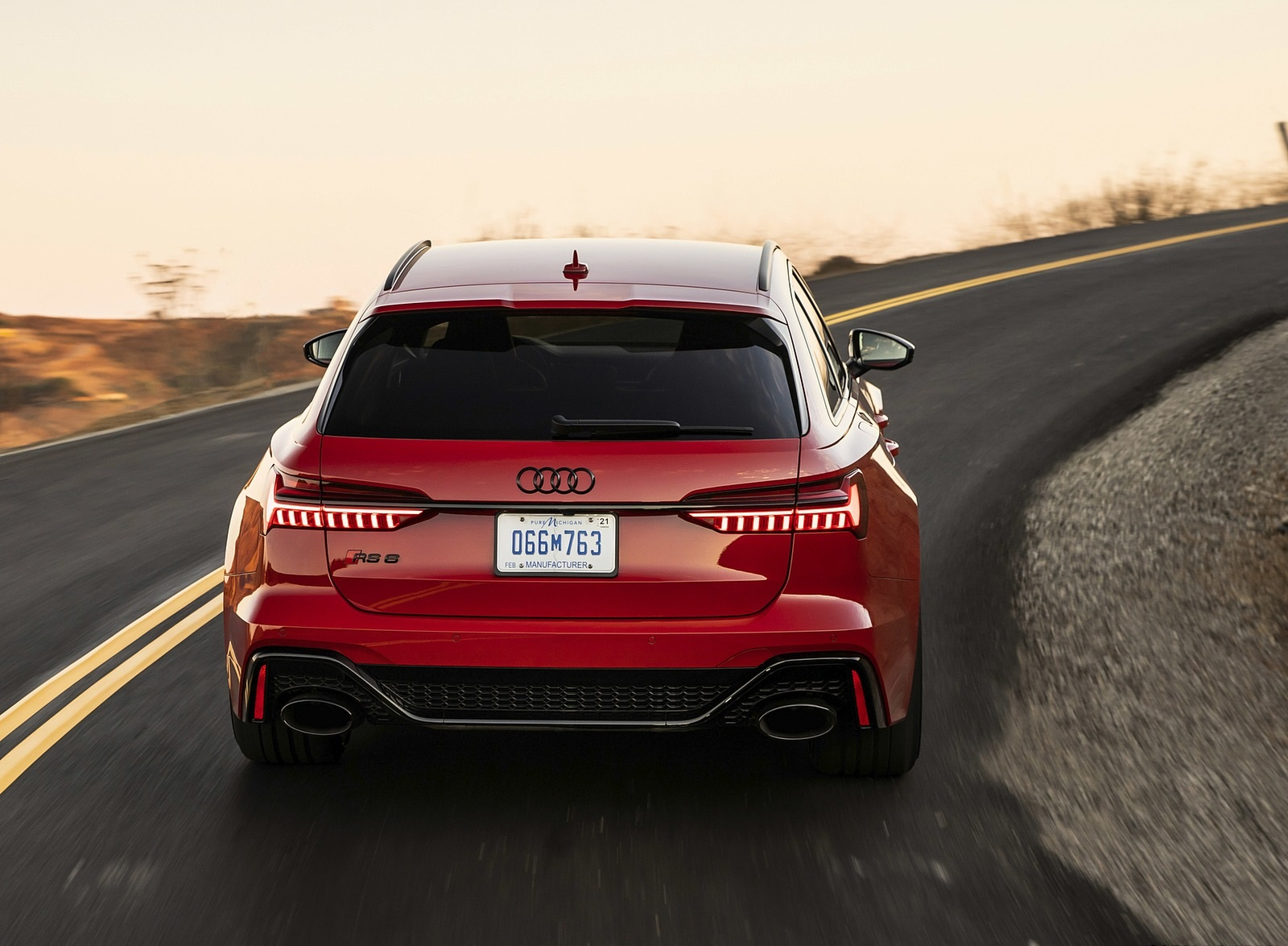 2020 Audi RS 6 Avant (Color: Tango Red) Rear Wallpapers (5)
