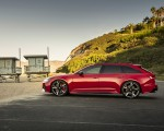 2020 Audi RS 6 Avant (Color: Tango Red) Side Wallpapers 150x120 (11)
