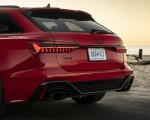 2020 Audi RS 6 Avant (Color: Tango Red) Tail Light Wallpapers 150x120 (14)