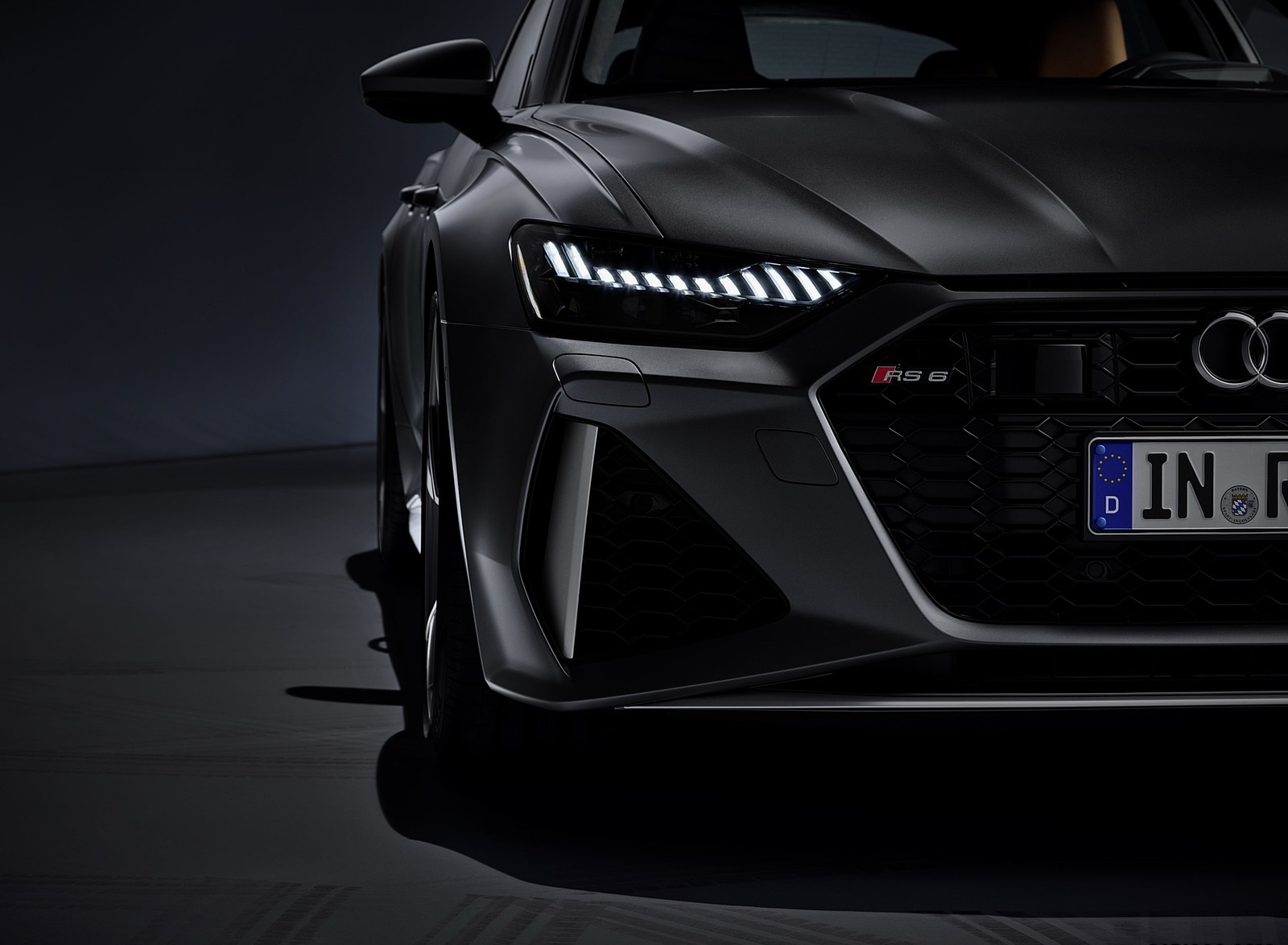 2020 Audi RS 6 Avant Headlight Wallpapers (14)