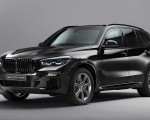 2020 BMW X5 Protection VR6 (Armored Vehicle) Front Three-Quarter Wallpapers 150x120 (1)